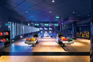Norwegian Epic Bliss Lounge and bowling alley