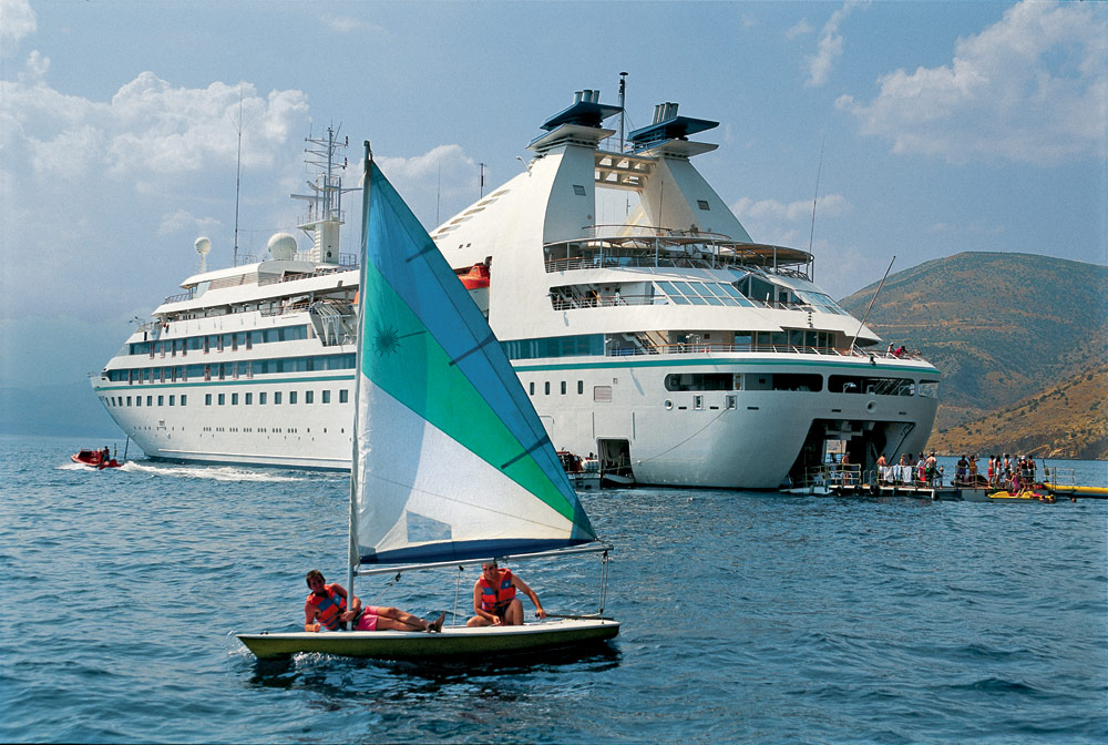 Windstar Star Breeze Marina with complimentary water sports equipment