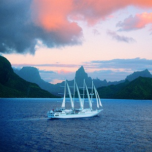 Yacht Charters - Windstar Sail cruise in Tahiti