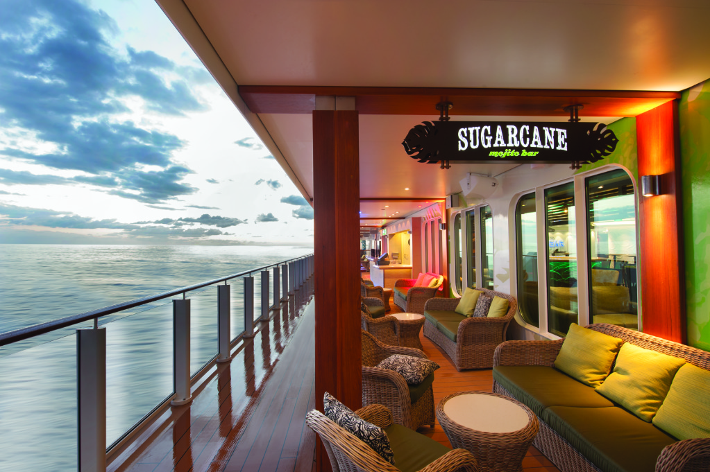 Norwegian Getaway Sugarcane Mojito Bar on The Waterfront