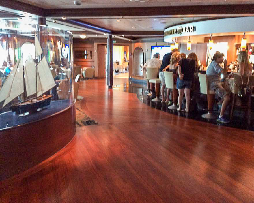Empress of the Seas Schooner Bar