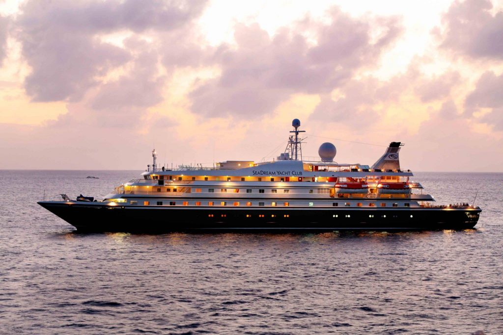 Yacht charters - SeaDream Yacht in St. Barts