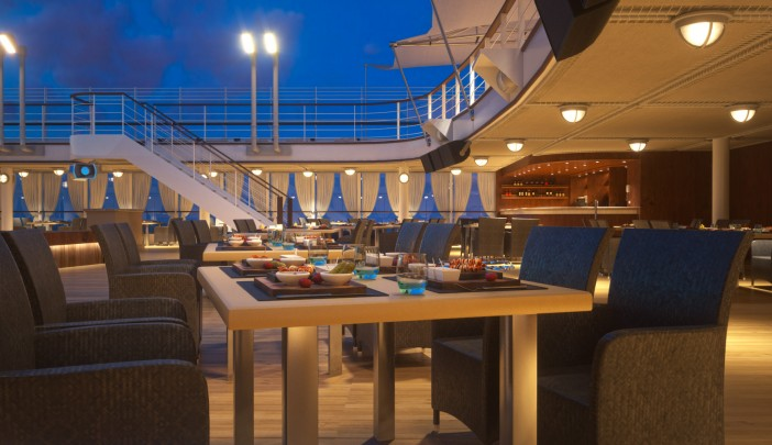 Best cruise ship food experiences - Silversea Hot Rocks