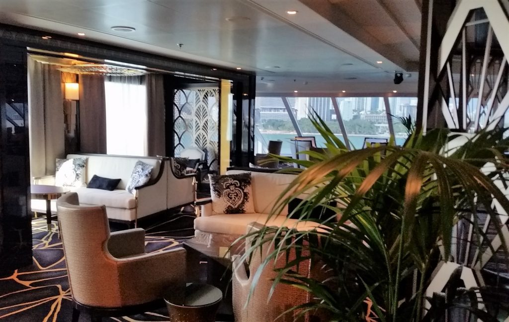 Seven Seas Explorer Observation Lounge - luxurious ship