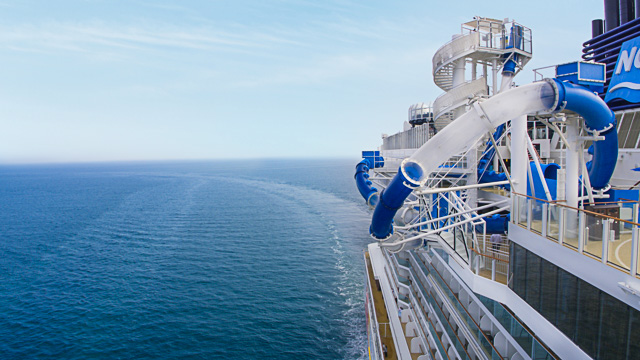 Norwegian Bliss Ocean Loops - meet at sea