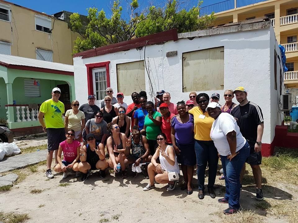 Incentive Cruise volunteer group in St. Maarten